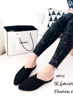 รองเท้าส้นเตี้ยหัวแหลมสีดำ เปิดส้น หนังนิ่ม (สีดำ )