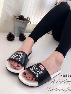 รองเท้าแตะผู้หญิง แบบสวม ลายkitty (สีดำ )
