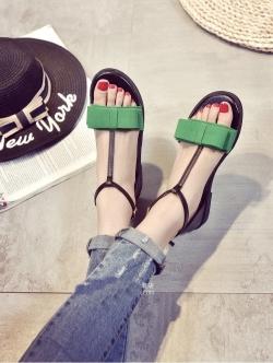 รองเท้าส้นเตียรัดส้นแต่งด้วยโบว์ (สีเขียว)