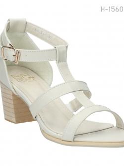 รองเท้าส้นสูงรัดข้อ สไตล์ลำลอง (สีขาว )