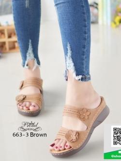 รองเท้าเพื่อสุขภาพสีน้ำตาล แต่งอะไหล่ดอกไม้ (สีน้ำตาล )