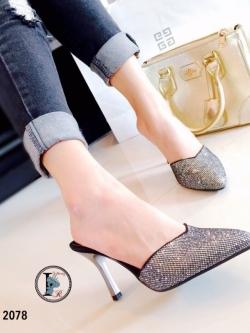 รองเท้าส้นเข็มสีเงิน เปิดส้น หัวแหลม หน้าวี (สีเงิน )
