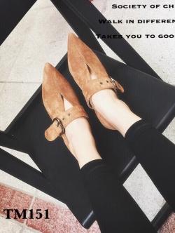 รองเท้าคัทชู ส้นเตี้ย หัวแหลม แนววินเทจ (สีน้ำตาล )