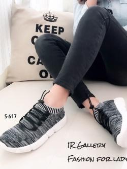 รองเท้าผ้าใบแฟชั่นสีเทา วัสดุผ้าทอนุ่มๆ (สีเทา )