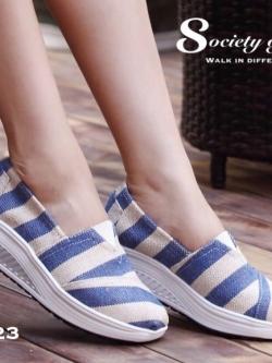 รองเท้าผ้าใบสีครีมน้ำเงิน สุขภาพ ลายริ้ว งานขายดีที่ไม่เคยทำให้ผิดหวัง พื้นหนา2นิ้ว