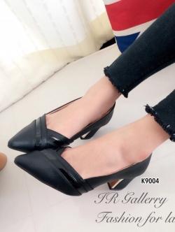 รองเท้าคัทชู ส้นสูง หัวแหลม เย็บหนังซ้อน (สีดำ )
