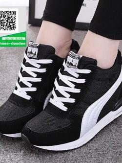 รองเท้าผ้าใบเสริมส้นสีดำ สไตล์เกาหลี (สีดำ )