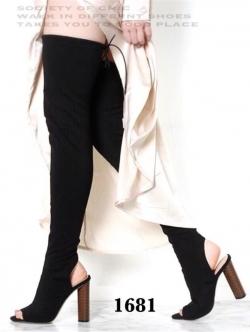 รองเท้าบูทยาว Yeezy season 2 knee-hight boots style. (สีดำ )