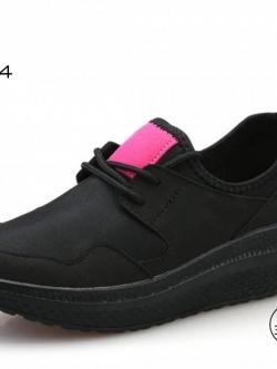 รองเท้าผ้าใบเสริมส้นสีดำ ผ้าทอยืด ดีไซน์แนว sport (สีดำ )