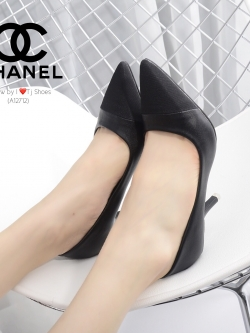 รองเท้าคัทชูส้นสูง หัวแหลม หนังนิ่ม สไตล์CHANEL (สีดำ )