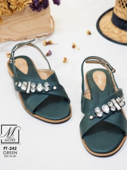 รองเท้าแตะรัดส้นสีเขียว สายคาดไขว้ ประดับเพชร (สีเขียว )