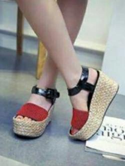 รองเท้าส้นเตารีดสีแดง งานนำเข้า แบรนCELONE-PARIS วัสดุหนังpu เกรดดีนิ่ม สายแบบเข็มขัดปรับระดับได้