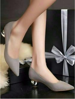 รองเท้าคัทชูส้นกลม หัวแหลม ทรงสุภาพ (สีเทา )