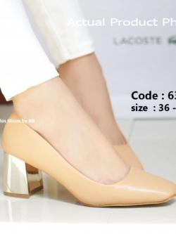 รองเท้าคัทชูส้นตันสีแอปริคอท แต่งเมทาลิกสีทอง Chunky Shoes (สีแอปริคอท )