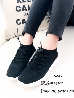 รองเท้าผ้าใบแฟชั่นสีดำ วัสดุผ้าทอนุ่มๆ (สีดำ )