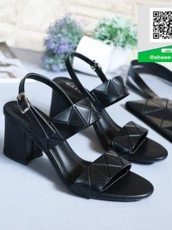 รองเท้าส้นตันรัดส้นสีดำ คาดหน้าสองระดับ (สีดำ )