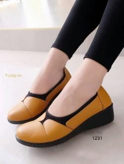 รองเท้าคัทชูเพื่อสุขภาพ พื้นนิ่มตัดใส่ผ้ายืด (สีเหลือง )