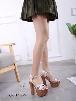 รองเท้าส้นสูงรัดส้นสีเงิน ทรงหรู สไตล์เกาหลี (สีเงิน )