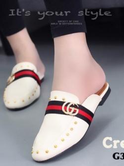 รองเท้าส้นเตี้ยสีครีม แต่งหมุด สไตล์แบรนด์ GUCCI (สีครีม )