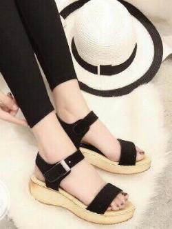 รองเท้าแตะรัดส้น สไตล์ลำลอง (สีดำ )