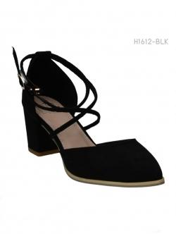 รองเท้าส้นสูงหุ้มข้อ แต่งสายคาด แนวเซ็กซี่ (สีดำ )