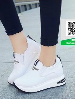 รองเท้าผ้าใบเสริมส้นสีขาว ทรงมัฟฟิน สไตล์เกาหลี (สีขาว )
