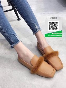 รองเท้าคัทชูส้นแบนสีแทน หัวตัด (สีแทน )