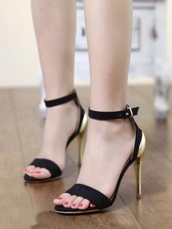 รองเท้าส้นสูงสไตล์เกาหลี งานผ้าสักหลาด (สีดำ)