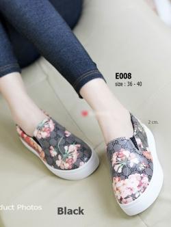 รองเท้าผ้าใบผู้หญิง พื้นยาง พิมพ์ลายดอกไม้ (สีดำ )