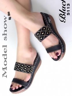 รองเท้าแตะส้นเตารีด ทรงสวม (สีดำ )