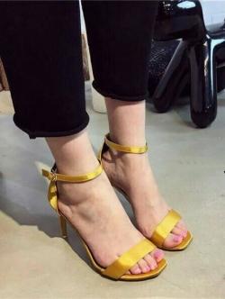 รองเท้าส้นสูงรัดส้น สไตล์Zara (สีเหลือง )