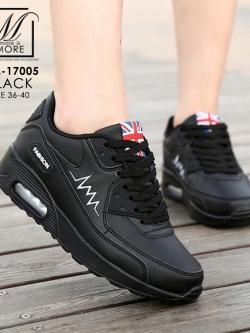 รองเท้ากีฬาสีดำ ดีไซน์เรียบหรูดูแพงเว่อร์ (สีดำ )