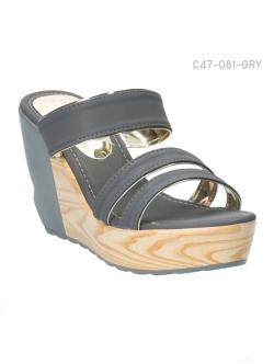 รองเท้าส้นเตารีด ทรงสวม ส้นลายไม้ (สีเทา )