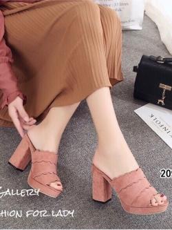 รองเท้าส้นตันสีชมพู หนังกลับ แต่งขอบหยัก (สีชมพู )