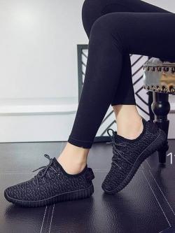 รองเท้าผ้าใบแฟชั่นสีดำ ผ้ายืด ระบายอากาศได้ดี พื้นนิ่ม (สีดำ )