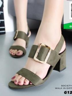 รองเท้าส้นตันรัดส้นสีเขียว แต่งอะไหล่เข็มขัด (สีเขียว )