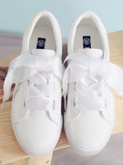 รองเท้าผ้าใบผู้หญิงสีขาว หนังคล้ายหนังเกาะ เชือกริบบิ้น (สีขาว )