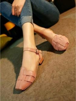 รองเท้าส้นเตี้ย รัดส้น หน้าสาน (สีชมพู )