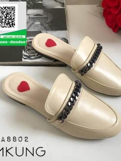 รองเท้าแตะส้นเตี้ยสีครีม slipper (สีครีม )