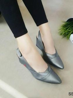 รองเท้าคัทชูส้นเตารีด หัวแหลม เปิดส้น (สีเทา)