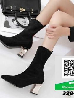 รองเท้าบูทแฟชั่นสีดำ ผ้ากำมะหยี่นิ่ม ส้นทอง (สีดำ )