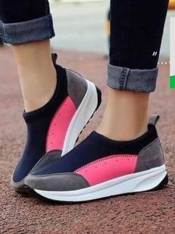 รองเท้าผ้าใบเสริมส้นสีน้ำตาล ทรงสปอร์ต แนวฟิวชั่น (สีน้ำตาล )