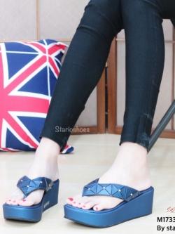 รองเท้าแตะหูหนีบสีน้ำเงิน Style issey miyake (สีน้ำเงิน )