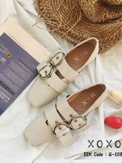 รองเท้าคัทชูส้นแบนสีครีม หัวตัด แต่งด้านบนเป็นเข็มขัด (สีครีม )