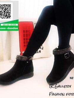 รองเท้าบูทสั้นสีดำ บุขน หนังกลับนิ่ม (สีดำ )