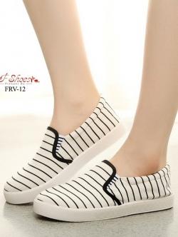 รองเท้าผ้าใบแฟชั่นสีขาว แบบสวม ผ้าแคนวาส (สีขาว )