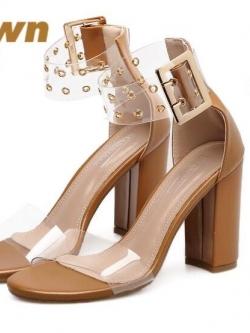 รองเท้าส้นสูงรัดข้อสีน้ำตาล หน้าสวมพลาสติกใสนิ่ม (สีน้ำตาล )