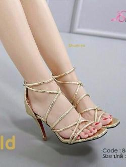 รองเท้าส้นเข็มรัดข้อสีทอง วัสดุ pu cracked metallic (สีทอง )