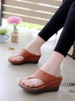 รองเท้าแตะเพื่อสุขภาพสีแทน เปิดส้น ทรงคีบ (สีแทน )
