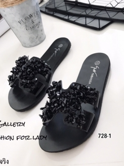 รองเท้าแตะเปิดส้นสีดำ หนังนิ่มประดับอะไหล่ลูกปัด Style Hermes (สีดำ )